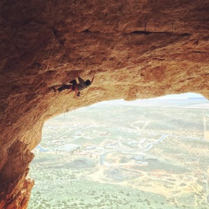 On Skin Flute (8a), Hurricave. pc: Taylor Apple