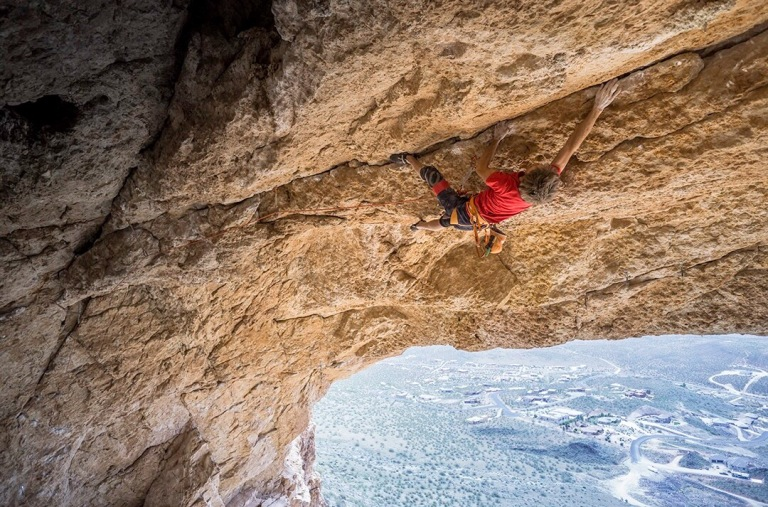 Letting go of expectations while hanging on to Big Man on Campus (13d), Hurricave, Southern Utah. pc: Carlos Romania Flores www.carlosromania.rocks